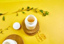 Jak stosować kapsułki z oleju z wiesiołka